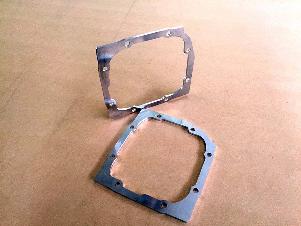 Frästeile und Gravuren, Alu, hergestellt von Schickerei Werbetechnik