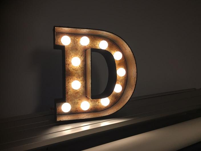 3D-Buchstaben in Rostoptik, hergestellt von Schickerei Werbetechnik