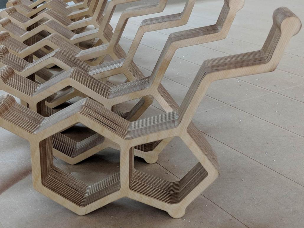3D Buchstaben aus Holz, hergestellt von Schickerei Werbetechnik