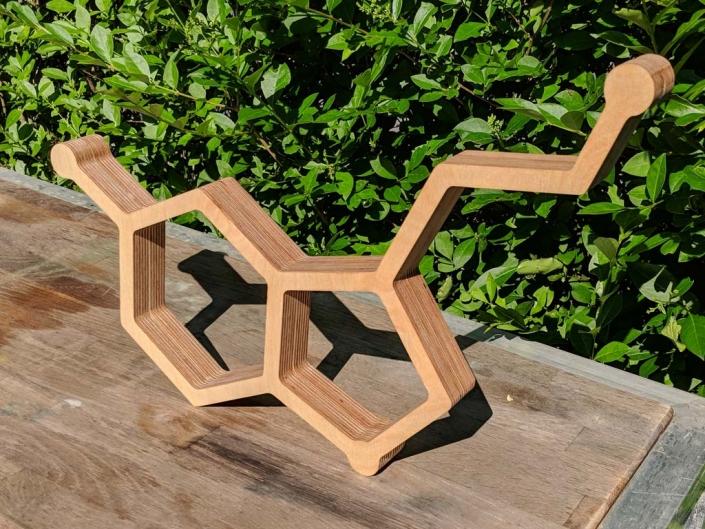 3D-Buchstaben aus Holz, hergestellt von Schickerei Werbetechnik